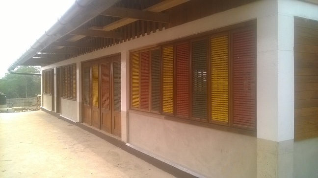 image:external painting at school