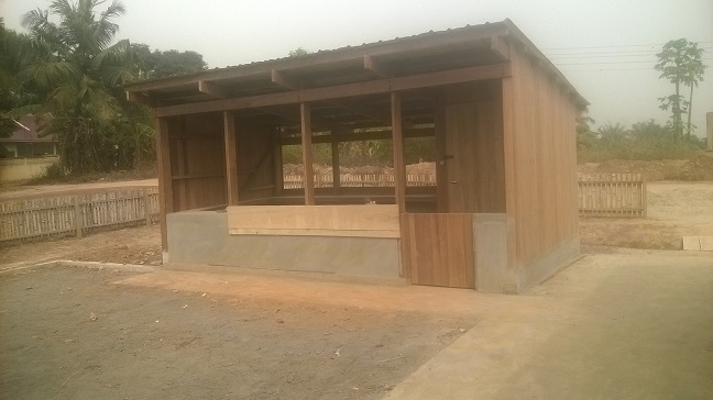 image: school kitchen