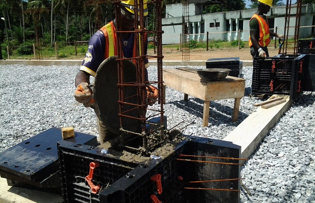 image: using pastic formwork to cast columns
