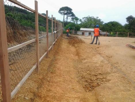 Image: digging swales Domunli